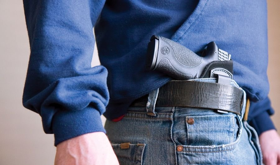 should guns be permitted on college campuses Movement to allow concealed weapons on college campuses triggers debate  seven states already allow students 21 and older to carry guns on campus under certain circumstances but advocates of .