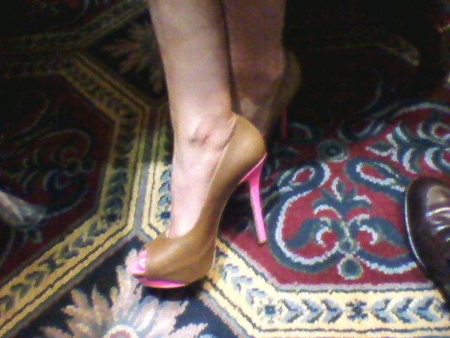 beth kicks