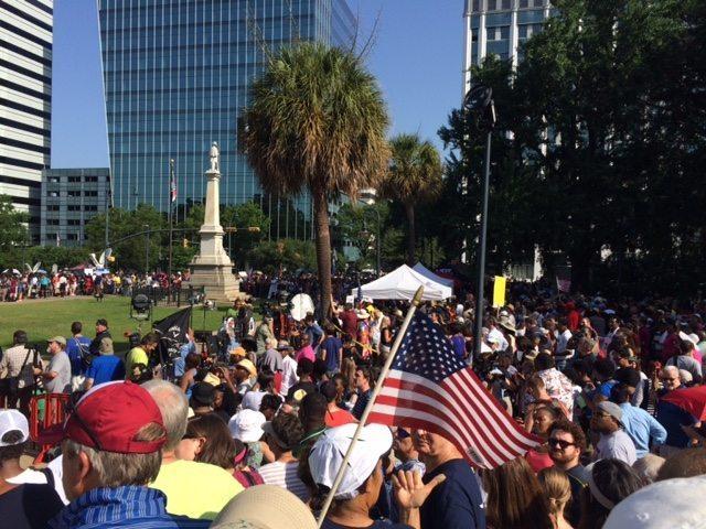 flag crowd