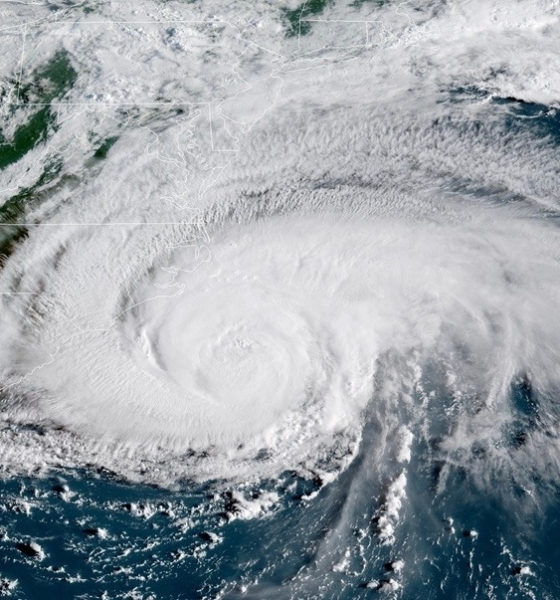 "Carolinas Hurricane Florence Game Time ""Storm of the century?"" Or all hype? Florence finally shows its hand"