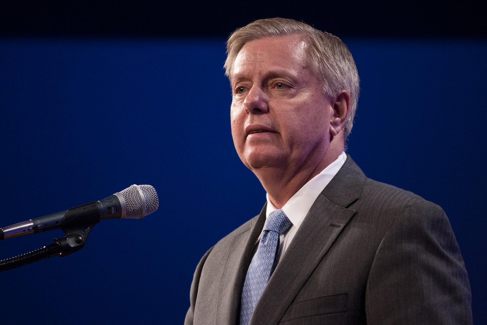 FITSNews – Lindsey Graham Wades Back Into Immigration Debate