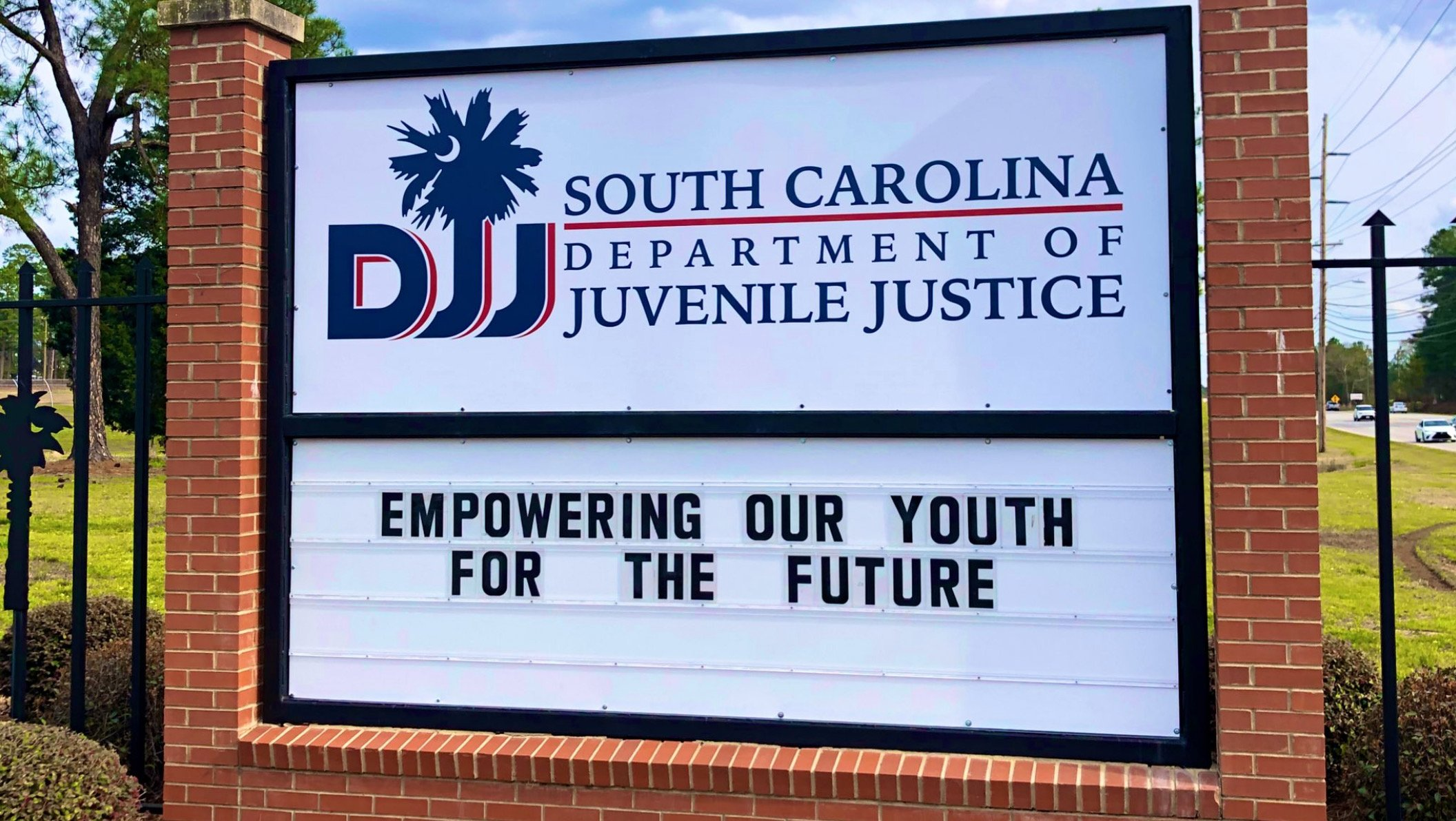 FITSNews – Guards, Teachers Stage Protest Walkout At Embattled South Carolina Juvenile Justice Agency